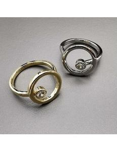 Кольцо с цирконом, 16.5-17 мм, позолота, родий